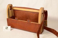 Große Tasche aus Känguruleder Storage Chest, Suitcase, Home Decor, Bags, Leather, Decoration Home, Room Decor, Home Interior Design, Briefcase