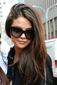 New style selena gomez ray bans ideas Fotos Selena Gomez, Selena Gomez Style, Selena Gomz, Ray Ban Sunglasses, Sunglasses Women, Summer Sunglasses, Prescription Sunglasses, Cat Eye Sunglasses, Sunglasses For Your Face Shape