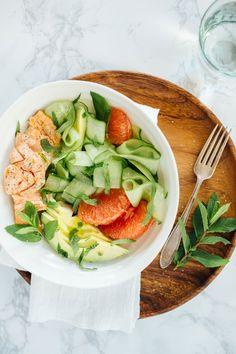 Salmon, cucumber and grapefruit salad