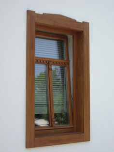 Fotó itt: Ez+Az - Google Fotók Rustic Doors, Wood Doors, Wood Windows, Windows And Doors, Barbecue Garden, Craftsman Interior, Rural House, Mediterranean Style Homes, Window Design