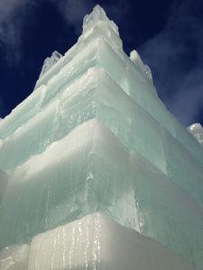 Ice Castle, Eagle River, WI  (via videovidivisum.com)