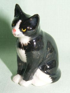 animal Thimble | click to enlarge klima porcelain cat thimble this thimble is