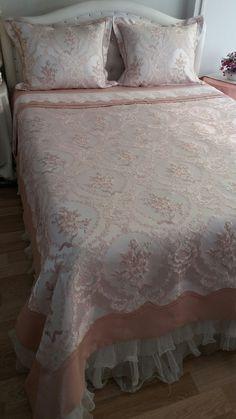 King Bedding Sets, Duvet Bedding, Linen Bedding, Teen Bedroom, Home Bedroom, Baby Girl Clipart, Vintage Shabby Chic, King Beds, Bed Covers