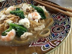 Flat Noodles in Egg Gravy (Wat Tan Hor)