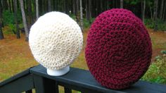 Incredibly Simple Slouchy Hat Comparing Different Yarns