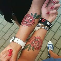 Rose retro tattoo vintage green red arm two