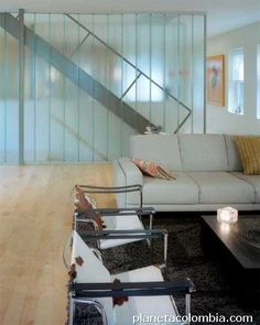 Single-glazed channel glass walls by Bendheim Wall Systems create the stairway in this upscale residence that separate the kitchen and the living room U Glass, Channel Glass, Home Room Design, House Rooms, Stairways, Ideas Para, Living Room, Wall, Projects