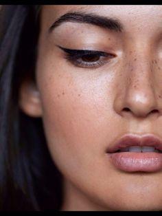 Maquillage pour les brunes