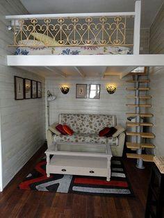 Arrondissement Pompidou Le Marais condo rental - le marais rental by owner direct. Loft Room, Bedroom Loft, Bedroom Decor, Loft Beds, Bunk Bed, Small House Interior Design, Tiny House Design, Tiny Spaces, Small Rooms