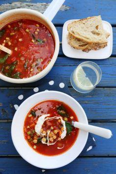 Smakfull suppe med chorizo, kikerter og spinat
