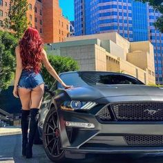 Mustang Girl, Ford Mustang Gt, Trucks And Girls, Car Girls, Sexy Autos, Hot Bikes, Us Cars, Car Ford, Sexy Jeans