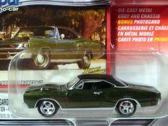 2003 JOHNNY LIGHTNING MOPAR 1969 GREEN DODGE CORONET R/T