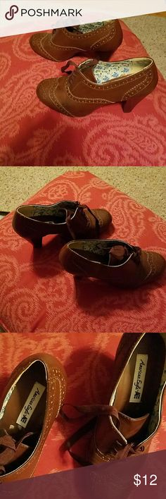 """American Eagle Shoes Brown lace up.  3 1/2"""" heel.  Minimal wear.  RePoshed.  Heel a little too high for my bad knee.  Fit more like a 9 which is what i wear.  Fit me perfect. American Eagle by Payless Shoes Heels"""