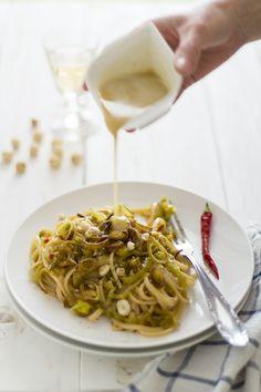 Linguine ai porri di Cervere con emulsione di Nocciole Piemonte IGP #piemonte #food #pasta