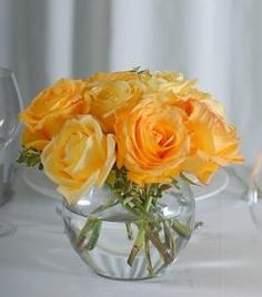 Yellow Rose Centerpiece | OneWed