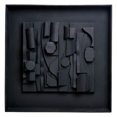 Louise Nevelson                                                                                                                                                                                 Más
