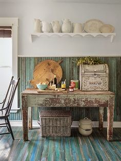 A special Victorian Cottage { Home Tour }- - shabby&countrylife.blogspot.it LOVE the painted floor!