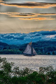 Pic of the Day... Hudson River Clearwater Sloop by Andrew Halpern Fine Art Photography  #HudsonRiver #ClearwaterSloop