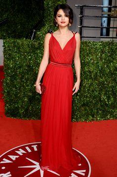 Absolutely-Red-Selena-Gomez-Dress_large.jpg (500×758)