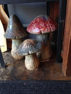 Ceramic Mushrooms! Big Fat Yummu Shrooms in Mid City, Los Angeles ~ Apartment Therapy Classifieds