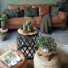 Vintage room colors schemes New ideas Home Living Room, Interior Design Living Room, Living Room Designs, Living Room Decor, Cottage Living, Cozy Living, Apartment Living, Room Color Schemes, Room Colors