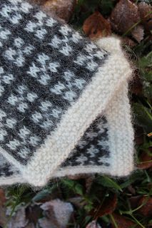 Fair Isle Knitting, Free Knitting, Mittens, Knitted Hats, Style, Inspiration, Clothes, Tricot, Knitting Socks