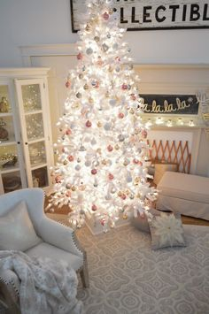 Dreamy White Christmas Tree at The Little Cottage - www.foxhollowcottage.com - White tree wearing vintage blush pink ornaments Christmas Tree Inspo, Christmas Home, White Christmas, Christmas Wreaths, Christmas Backdrops, Christmas Things, Christmas 2019, New Years Eve Decorations, Xmas Decorations