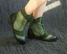 Handmade Shoes,Ankle Boots,Oxford Women Shoes, Flat Booties Shoes, Retro Leather Shoes, Casual Shoes, Short Boot,    More Shoes:  https://www.etsy.com/shop/HerHis?ref=shopsection_shophome_leftnav    ♥♥♥♥♥♥If you do not know which size you need to choose, please tell me the size you usually wear in your country or the length of your feet, I would recommend you the size which is fit for your feet.;-)    PLEASE NOTE THAT the foot must be firmly on the floor when you measure the length and width…