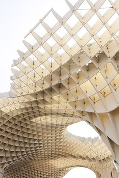 Metropol Parasol de la Encarnaci/The Metropol Parasol, (known as the Mushrooms of the Incarnation) in Seville, Spain, by architect Jürgen Mayer. Parametric Architecture, Parametric Design, Gothic Architecture, Beautiful Architecture, Contemporary Architecture, Landscape Architecture, Interior Architecture, Geometry Architecture, Barcelona Architecture