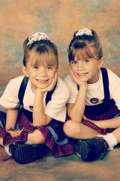 17 perguntas que quem tem irmã gêmea está cansada de responder. Se você tem uma, com certeza vai se identificar. #sisters #twins #funny #olsen