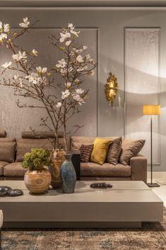 Home Discover Lux Elegant Opulence Lux Elegant Opulence Home Room Design, Interior Design Living Room, Living Room Designs, Classic Interior, Home Interior, Home Living Room, Living Room Decor, Muebles Living, Elegant Living Room