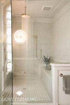 Shower half-wall, with towel bar