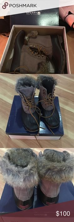 Worn once Sperry top-sider furry tall duck boots Super cute tie up furry rubber boots, worn once! Boots are perfect for winter ❄️ they look adorable with jeans 👖 and leggings R perfect for skiing 🎿 snow tubing and boating 🛶 Sperry Top-Sider Shoes Lace Up Boots