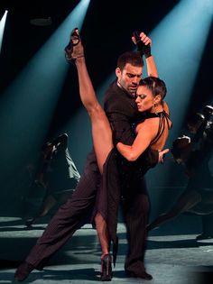 Tango Fire Latina, Tango Dancers, Ballroom Dancing, Swing Dancing, Dance Movement, Argentine Tango, Dance Routines, Salsa Dancing, Learn To Dance