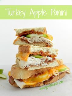 Turkey Apple Panini | cookingwithcurls.com