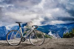 How far would you go with your fixie? #unknownbikes  #fixie #fixedbike #fixedgear #fixedlife #cycling #bike #fixedlove #fixieporn #fixiegram