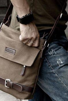 #Sacoche pour Homme www.voiturepourlui.com