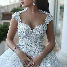 33f4db0a296  walidshehabhautecouture Custom Wedding Dress