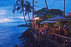 Waterfront dining at sunset ... Kimo's Restaurant on Front Street - Lahaina, Maui, Hawaii.