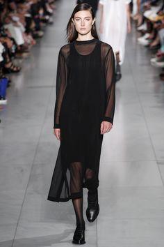 DKNY Spring 2016 Ready-to-Wear Fashion Show - Hyun Ji Shin