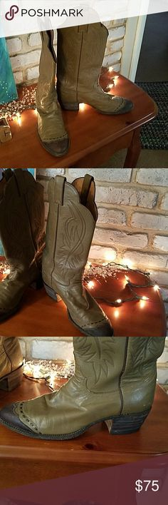 1 Pair  women's Justin Vintage boots I love vintage boots and these are for the cowboy boot wearing gal. They fit and feel great. I collect and wear them. Sharing my Love! Justin Boots Shoes Heeled Boots
