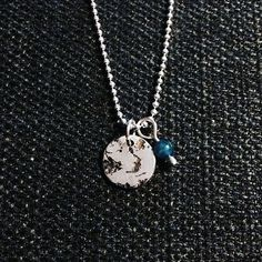 FROZEN Tag & Apatite - 925S Sterling Silver #silver #sølv #smykkedesign #smykker #jewelry #danishdesign #design w. Silver Ball Chain 48 cm