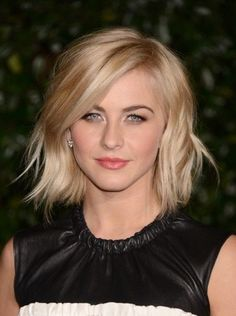 Julianne Hough blonde bob short haircut