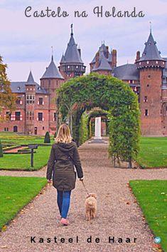 Kasteel de Haar, o maior castelo da Holanda. #holanda #kasteeldehaar #castelo Barcelona Cathedral, Netherlands, Vertical, Travelling, Bucket, Europe, Exterior, Places, Wanderlust