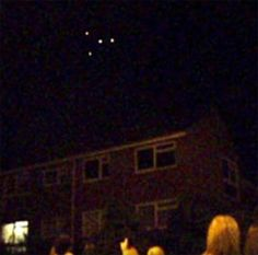 """A group of UFOs observed in the sky above Turkey and """"#ufoattacktoturkey"""" trended on Twitter as sky watchers posted strange videos on the social media platform. The fleet of UFOs composed of four to five lights was seen over households across the country. A video of the event also posted [...]"""