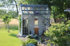 I would love to have a potting shed like this.