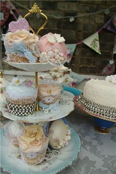 Vintage Afternoon Tea Party | Chintz 'n' China Tea Parties :: Vintage Afternoon Tea Parties with ...