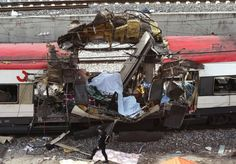 Madrid am 11. März 2004 : In vier Pendlerzügen in Madrid explodieren zehn...