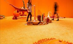 Instalaciones artísticas muestran en Fráncfort la cultura tropical de Brasil.