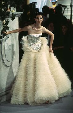1997 - John Galliano 4 Dior Couture show - Annelise Seubert